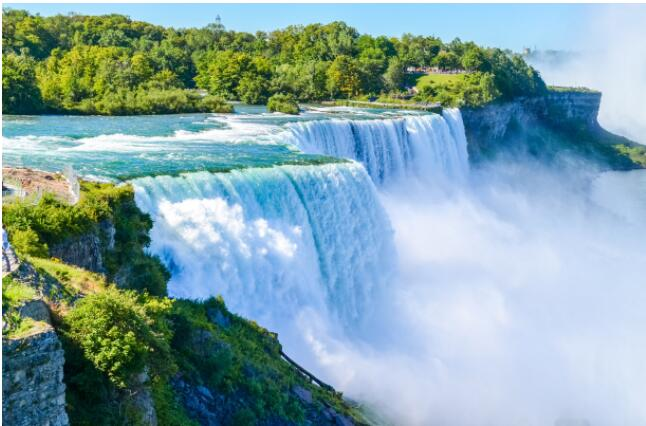 Niagara Falls is perhaps Canada's most famous attraction